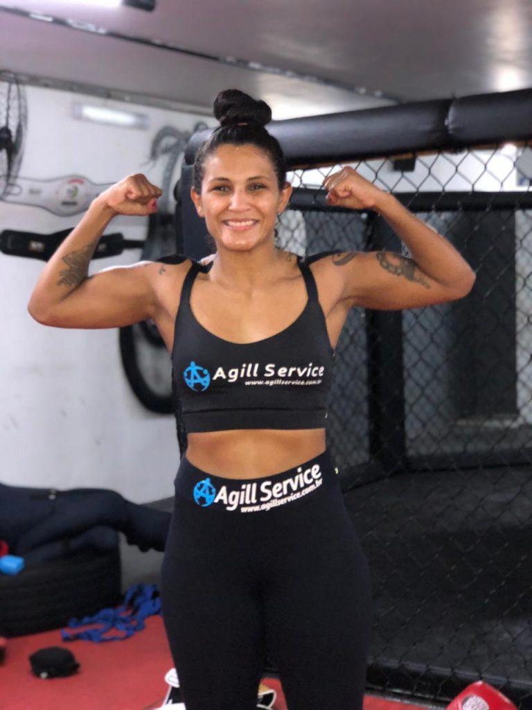 Vanessa_UFC_7_Agill_Service